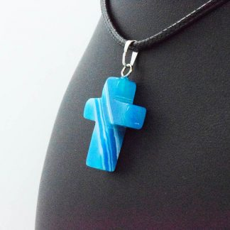 Colgante de Cruz de Ágata Azul en Bisutería