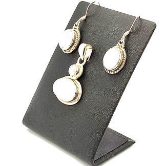 Conjunto de Pendientes y Colgante de Piedra Luna con Plata